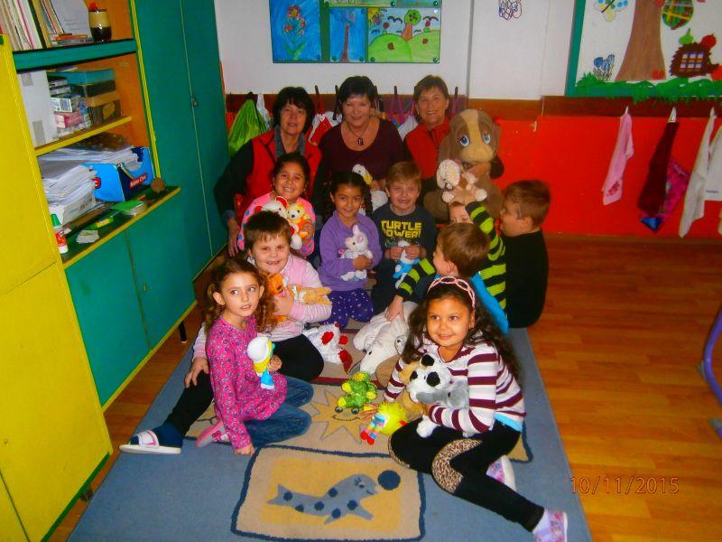 Charita robí radost deťom