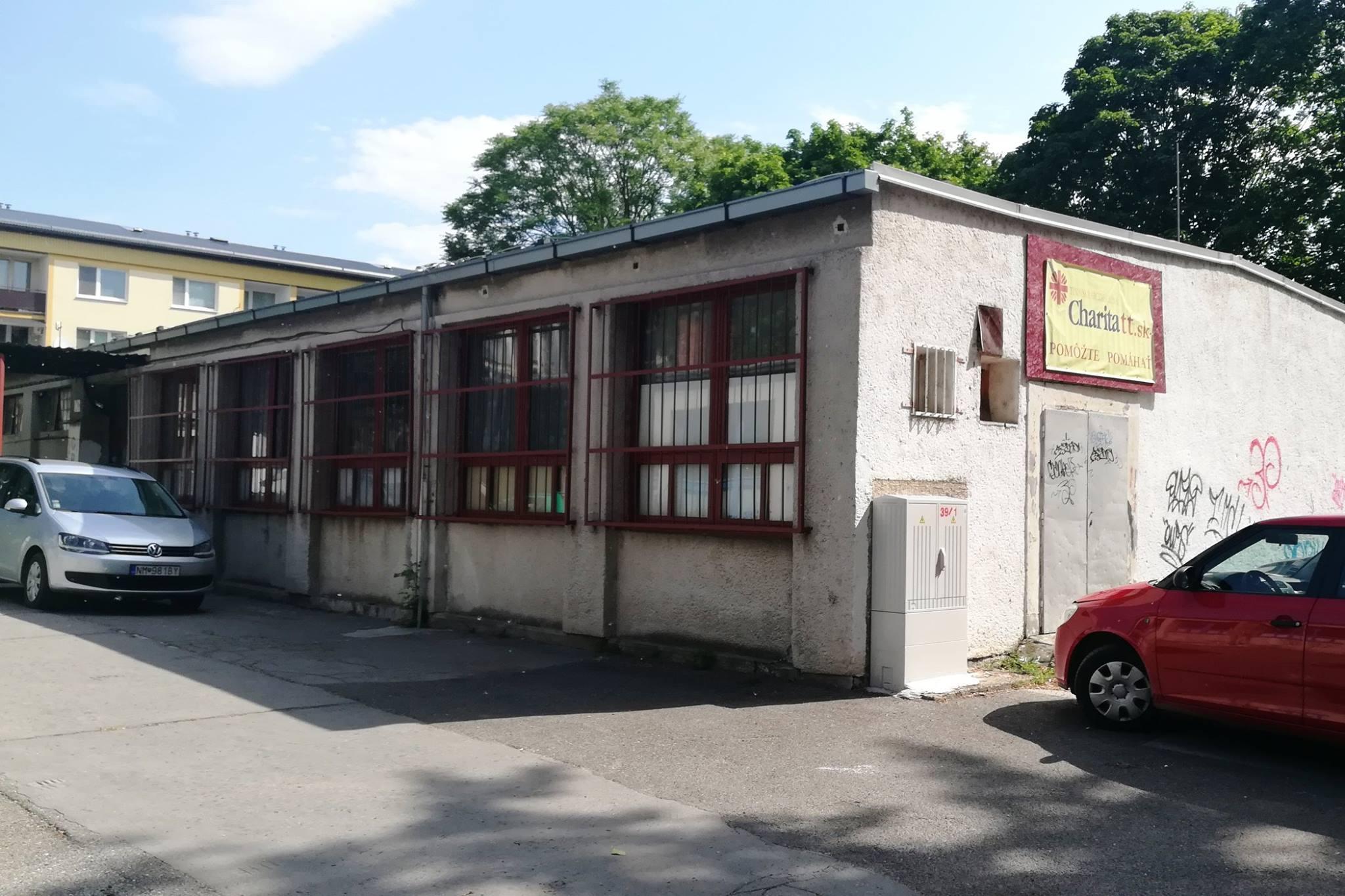 V charitnom centre v Piešťanoch pomáhajú viacerým skupinám ľudí.